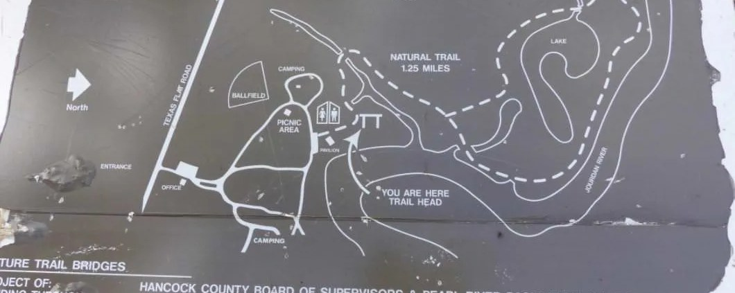 nature trail sign at mcleod park