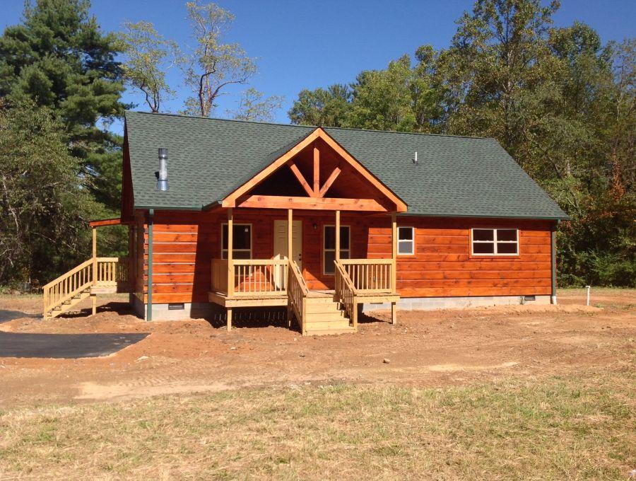 Log Cabins 36