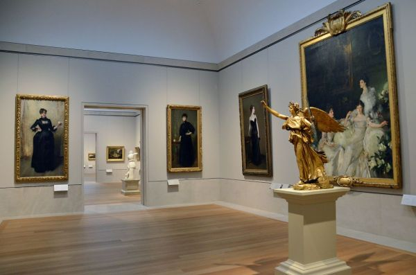 Paintings John Singer Sargent And Victory Sculpture Augustus