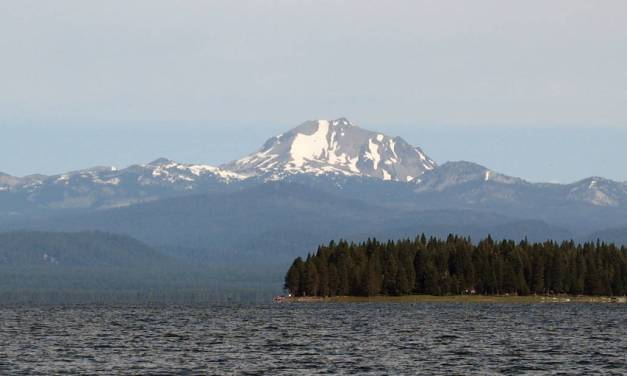Welcome to Lake Almanor In The Fall