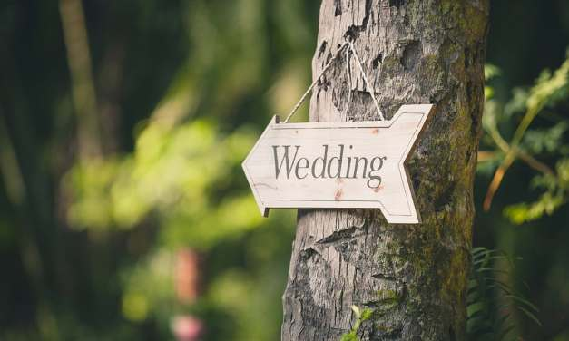 D.I.Y. Wedding Tips