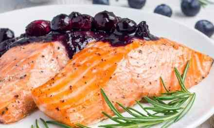 Pinot Noir Blueberry Barbecue Sauce