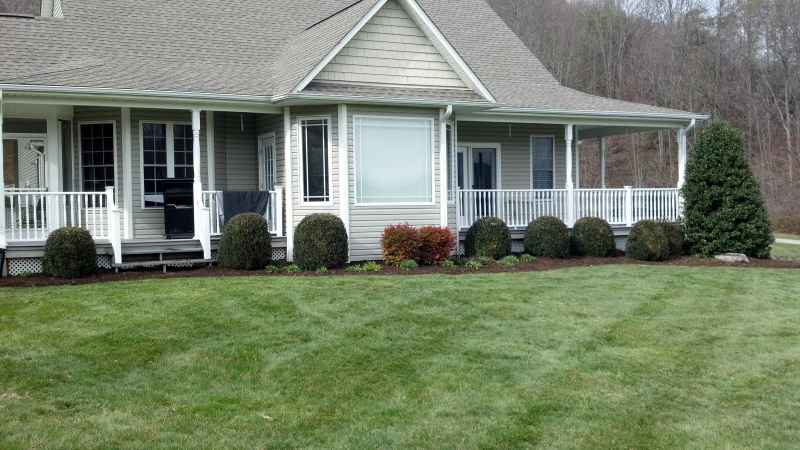 Gardens-Curb Appeal