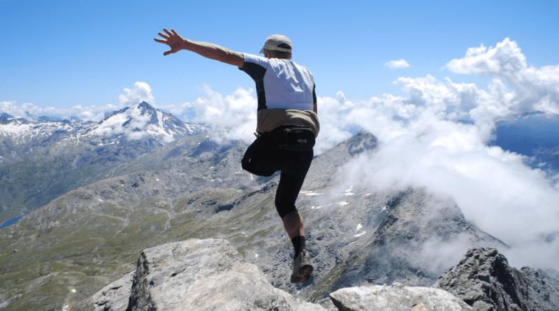 """""""Vertikal trail"""" inseguendo l'Uomo con le ali"""
