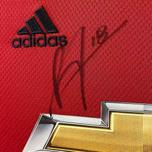 authentically-signed-bruno-fernandes-signed-shirt-up-close