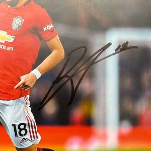 authentically-signed-bruno-fernandes-autograph-home-up-close