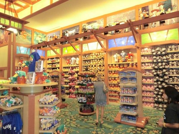 Mouseplanet - Disneyland Resort Update Adrienne Vincent-phoenix