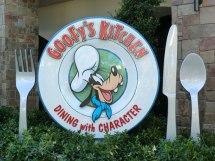 Mouseplanet - Disneyland Resort Update Adrienne Vincent