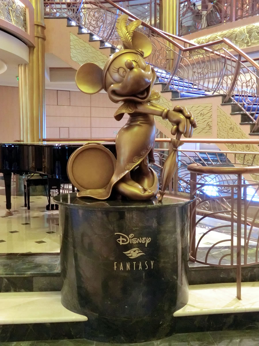 Mouseplanet  The Disney Fantasy  Building on a Dream by