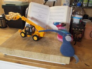 Microvaark makes off with the pancake on the telehandler