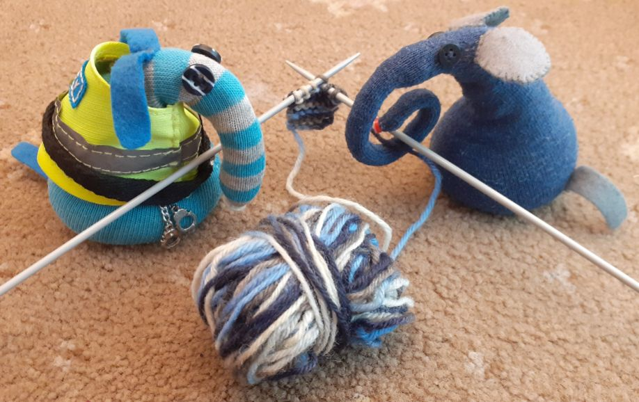 Advaark 2020 Day 9: Knit one, purl one.