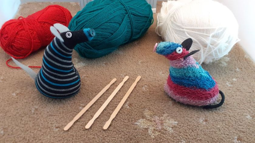 ratvaark talks to hypno, who has 3 sticks and some yarn