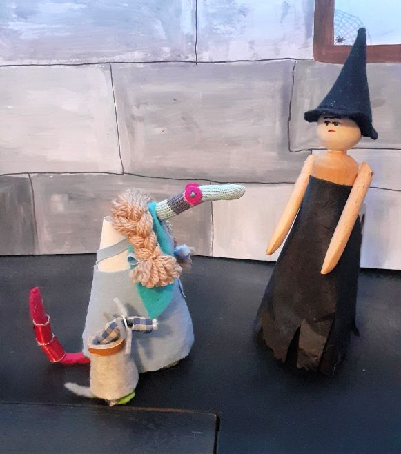 the wicked witch talks to dorothy