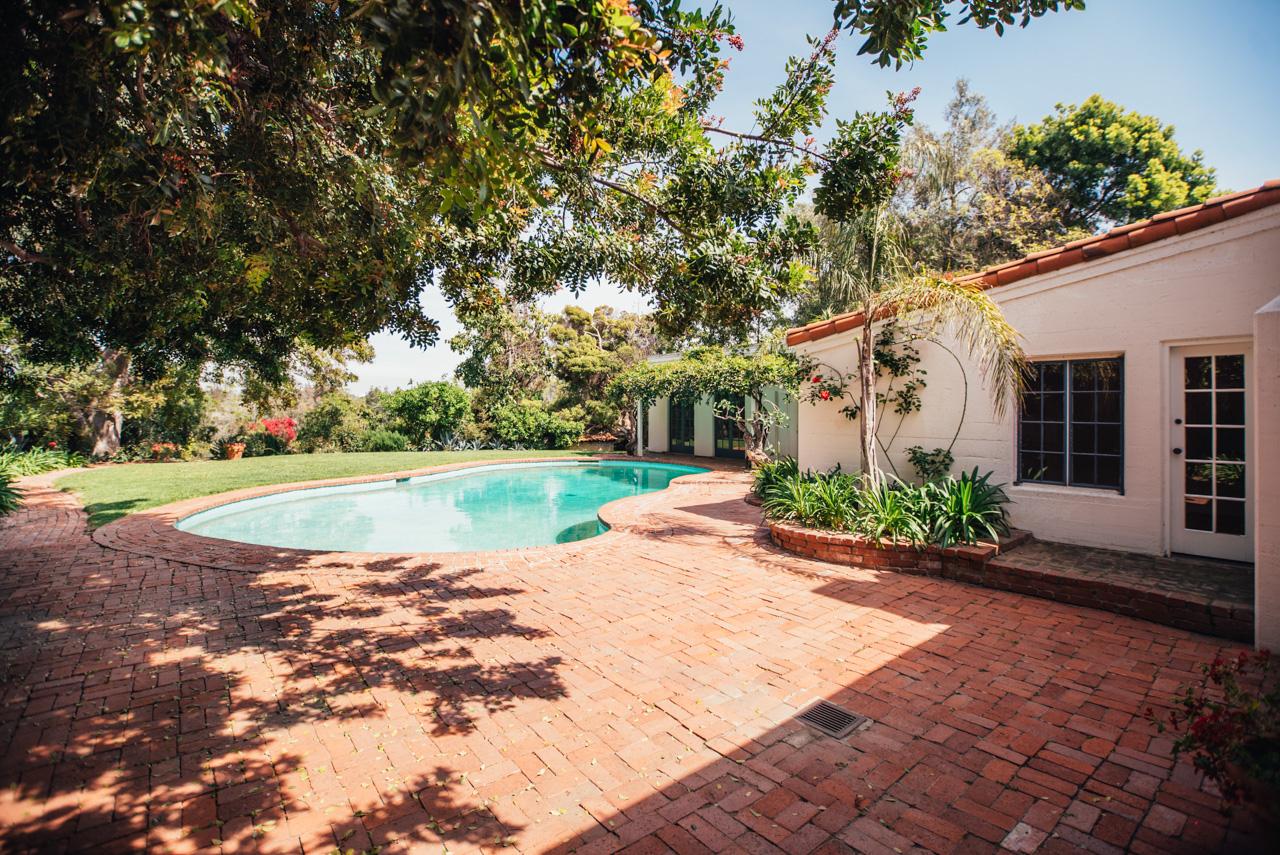 monroe sofa white sofas argos fotos: casa de marilyn está à venda por 6 milhões ...