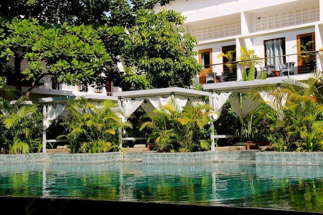 Plantation Phnom Penh pool