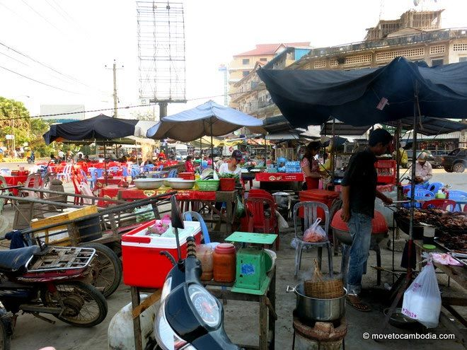 Kampong Thom Market food stalls