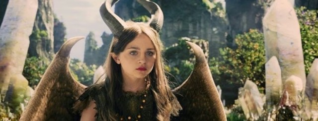 Film Review Maleficent 2014 Movie Blogger Com