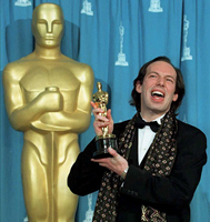 Hans Zimmer with his Oscar