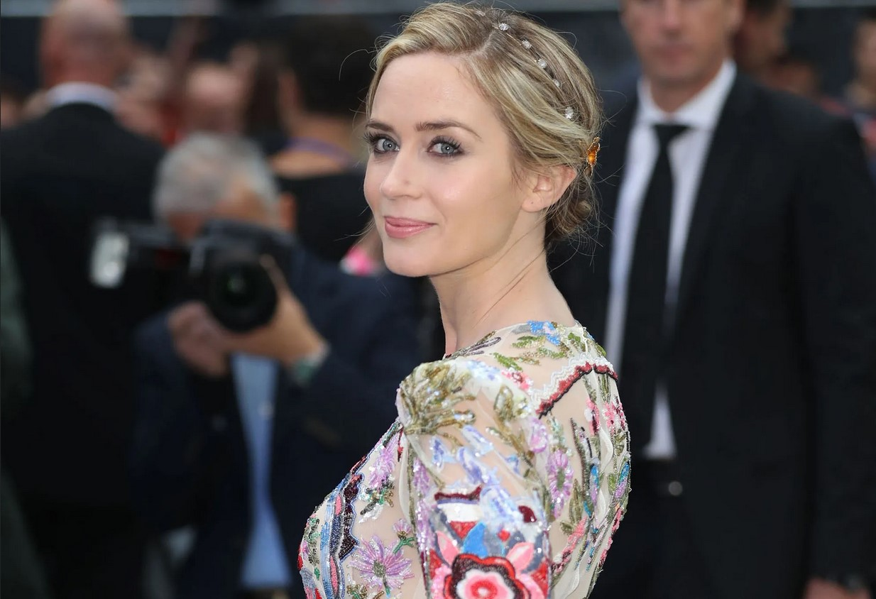 What we Know about Emily Blunt, The Mini Biography By: Steve Shelokhonov