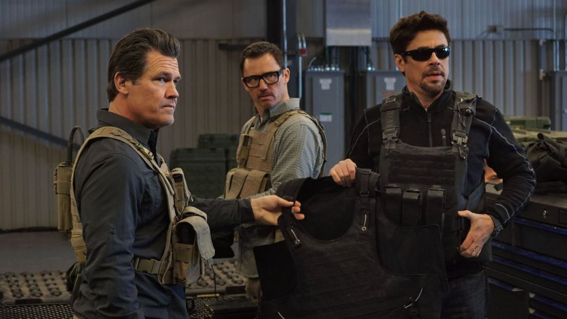 https://i0.wp.com/www.moviedash.com/wp-content/uploads/2018/06/Sicario-2-3.jpg?resize=1122%2C632&ssl=1