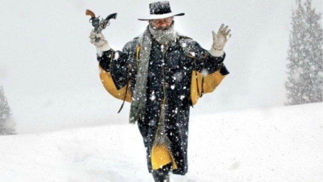 10-hateful-eight-sam-jackson-snow-w529-h352-2x