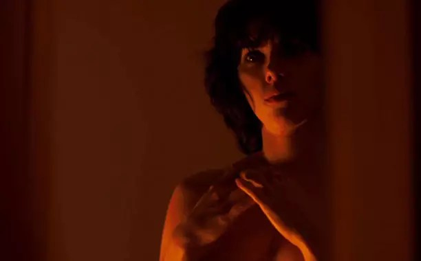Scarlett Johansson naakt in Under The Skin