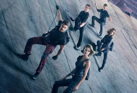 Shailene Woodley & Theo James in Allegiant