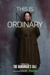Handmaidens Tale karakterposters - This is not ordinary met Ann Dowd