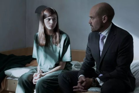 Hanna Ardehn en David Dencik in Quicksand Netflix recensie