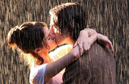 Timothee Chalamet & Selena Gomez in A Rainy Day in New York trailer
