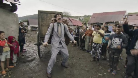 Sacha Baron Cohen in Borat Subsequent Moviefilm recensie op Amazon Prime Video