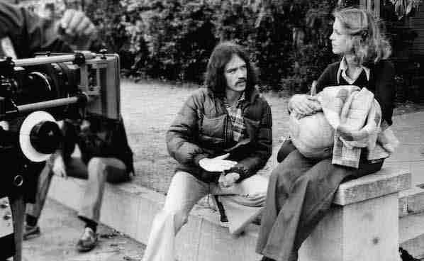 John Carpenter_on_set_review