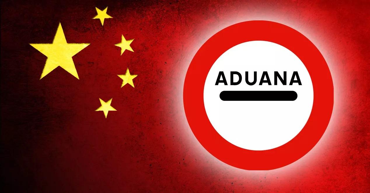 bandera china con senal aduana