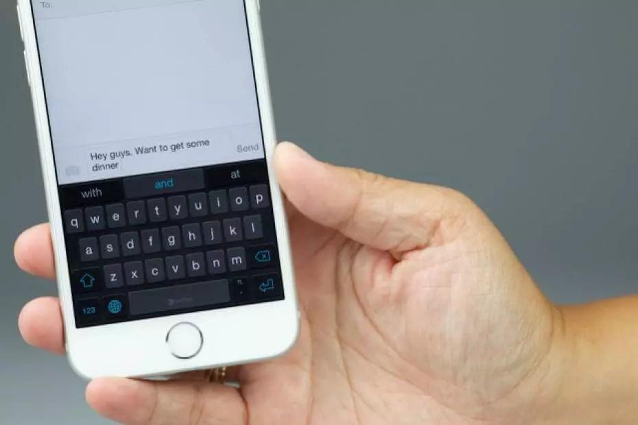 teclado en el iPhone 6 blanco