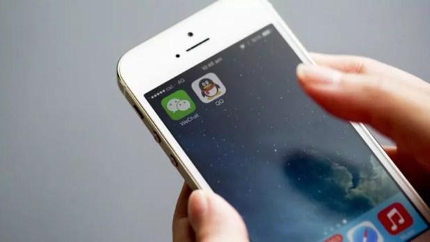 iPhone con la app de WeChat instalada