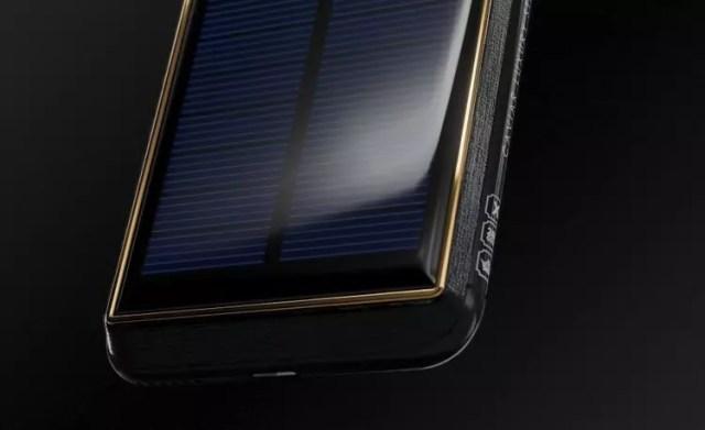 Materiales utilizados en la personalización del iPhone X Tesla