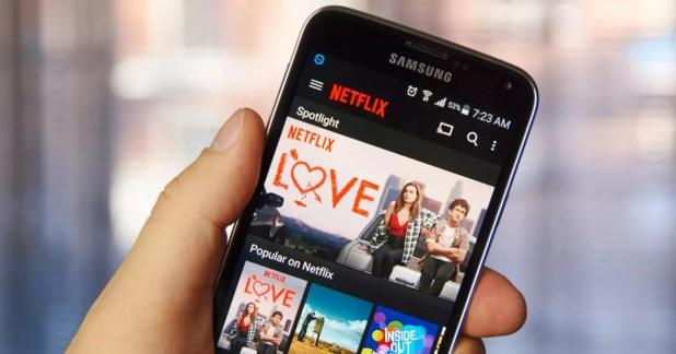 App de Netflix instalada en un smartphone