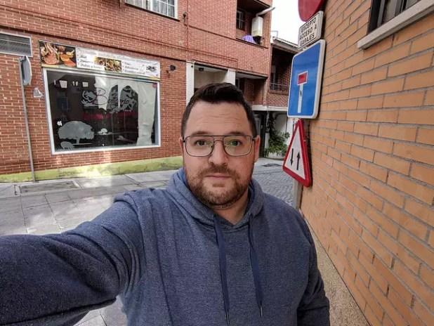 Selfie tomado con la cámara del Google Pixel 3 XL