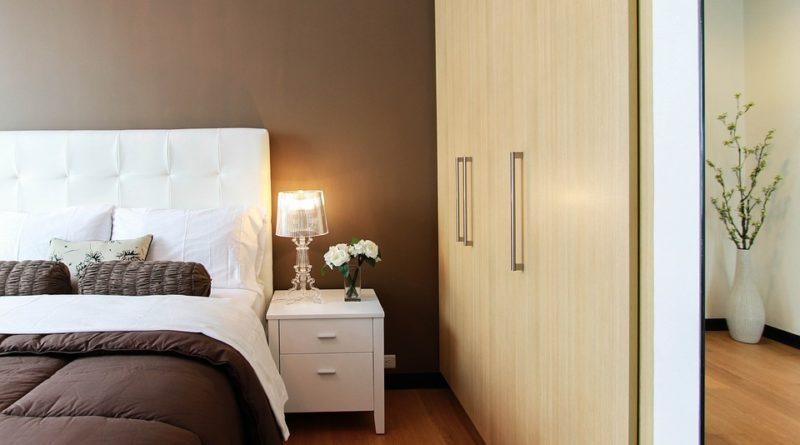 idee arredamento camera da letto: Come Arredare Una Camera Da Letto Piccola Movimondo Org