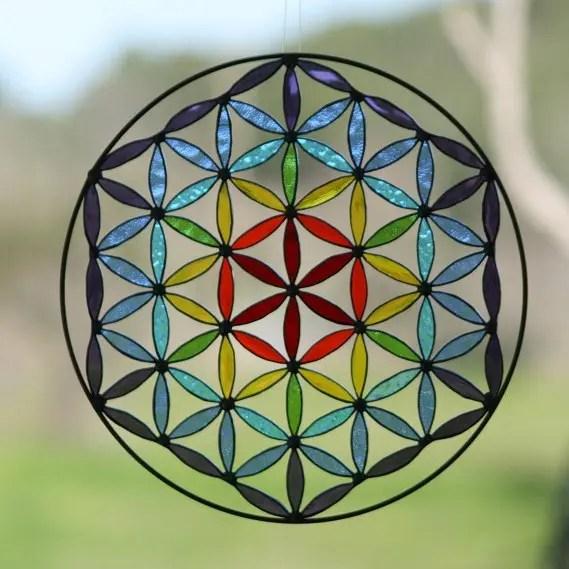 la flor de la vida de vidrio emplomado y su relacion con la geometria sagrada