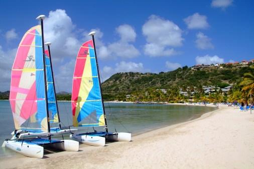St James's Club sail