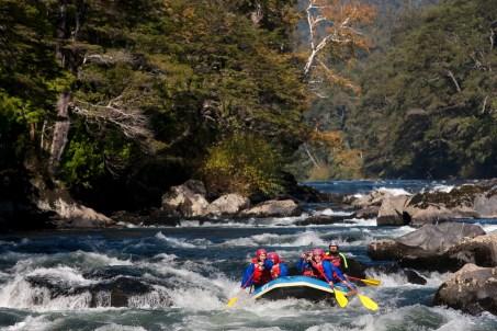 Chile Lakes rafting