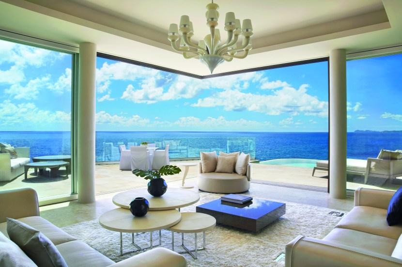 The Cliff Penthouse Suite