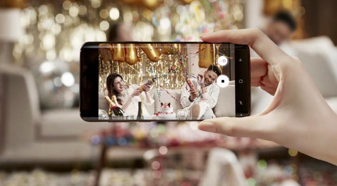 Appareil photo Samsung Galaxy prenant une photo