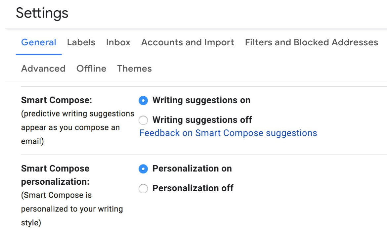Vous pouvez laisser le moteur AI personnaliser vos suggestions Smart Compose.