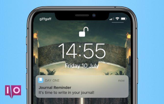 Rappel du journal du premier jour sur l'écran de verrouillage de l'iPhone Fond bleu