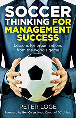 la pensée du football pour le succès de la gestion