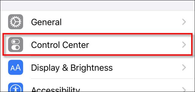 """Dans Paramètres, appuyez sur """"Centre de contrôle"""""""