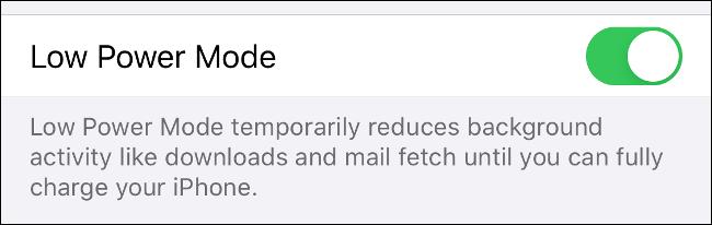 """Activer / désactiver """"Mode faible consommation"""" pour économiser la charge de la batterie de votre iPhone."""