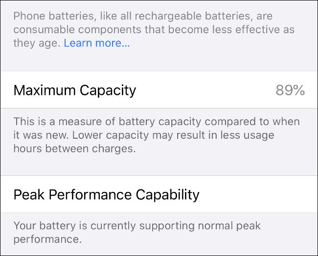 Les informations «Maximum Capacity» et «Peak Performance Capability» sur iPhone.